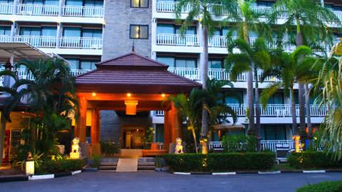 卡塔海滩蜜月度假酒店  Honey Resort, Kata Beach